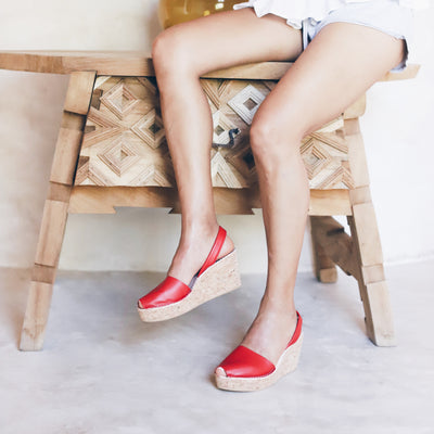 red cork wedge sandals with shorts - instagram