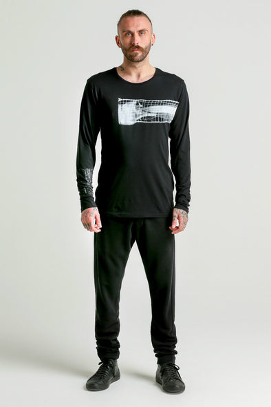 Graphico BROKEN BONE LS Tee-black