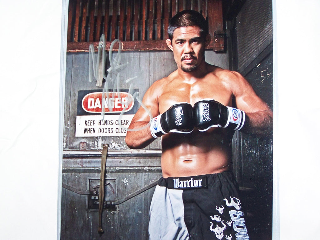 Mark Munoz Signed 8x10 Photo Autograph Signed UFC PSA COA MMA