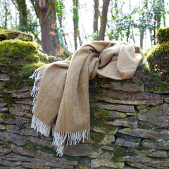 cotswolds-photoshoot-amber-wool-throw-british