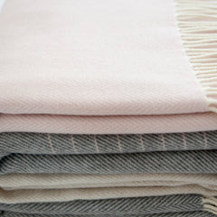 cashmere-wraps-scarves
