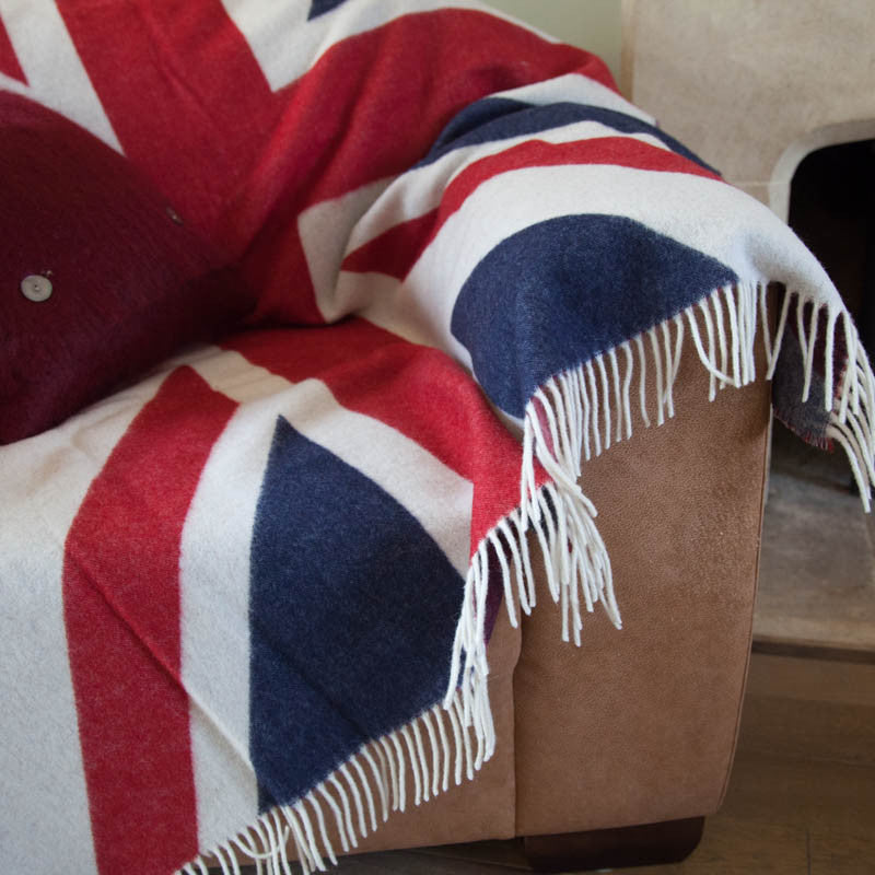 union-jack-wool-throw-tripster