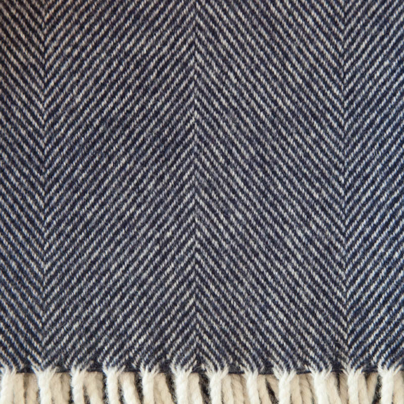 blue_with_cream_fringe_lambswool_throw