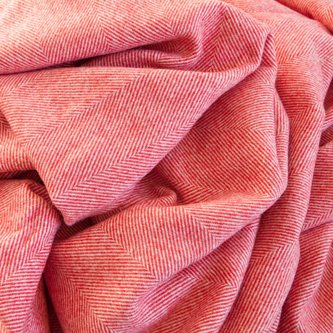 strawberry-and-cream-supersoft-merino-throw