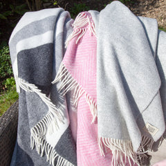 british-flag-union-jack-grey-wool-blanket-grey-herringbone-throw-pink-blanket
