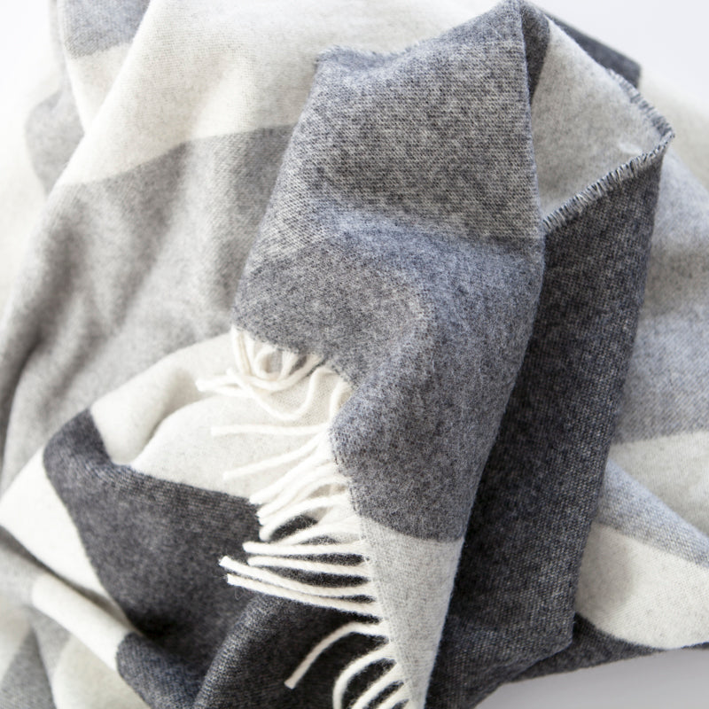 grey-union-jack-throw-merino-lambswool-tripster