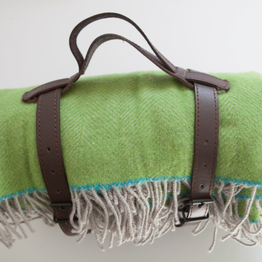 green-wool-picnic-polo-rug