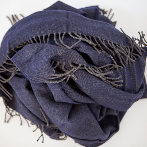 The Fine Herringbone Throw (Darkest Blue)