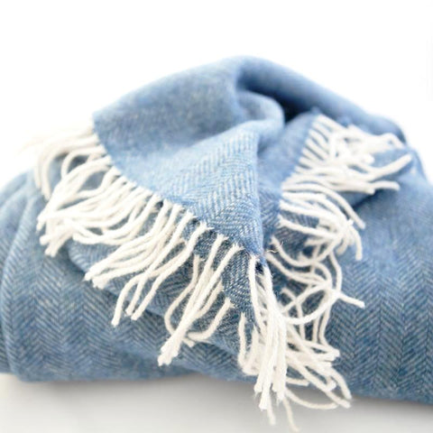 chunky-wool-blanket-blue