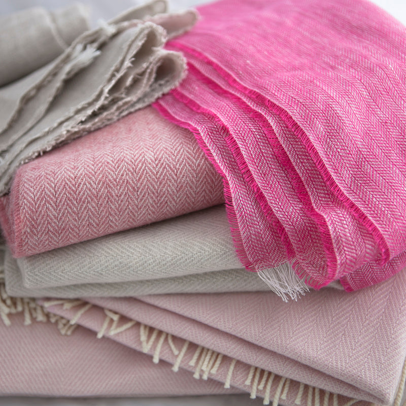 The Linen Scarf (Popping Pink)