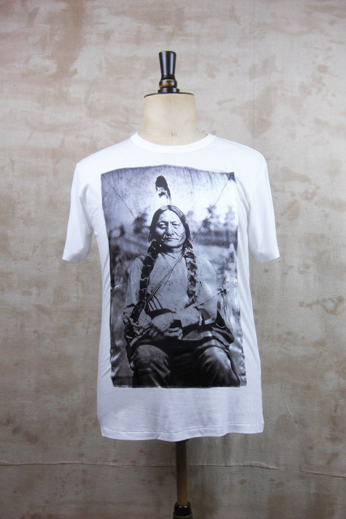 SITTING BULL TEE SHIRT - WHITE-T shirts-A Child Of The Jago