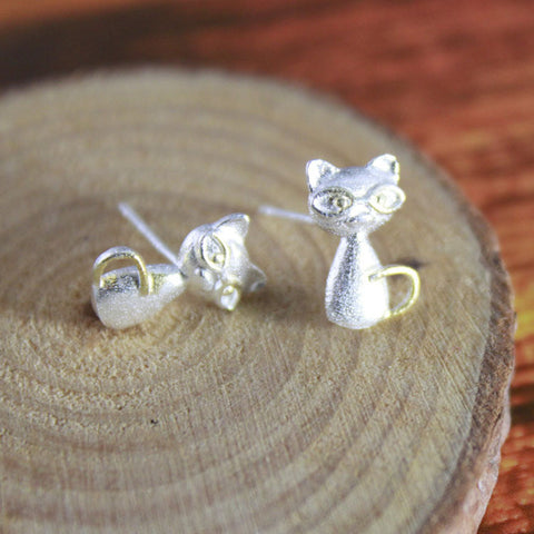 Sterling Silver Cute Cat w/ Glasses Design Stud Earrings