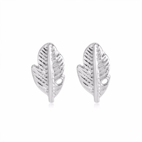 18K Gold Plated White Gold Finish Cute Leaf Design Stud Earrings