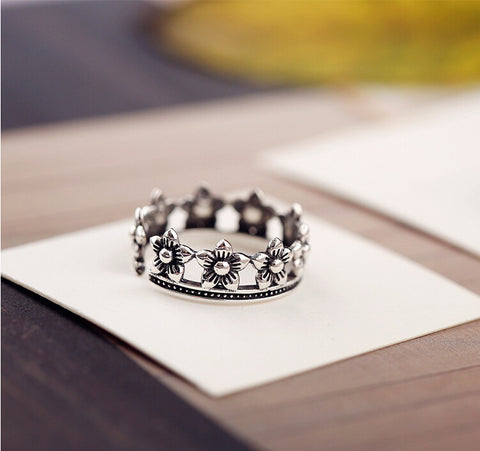 Sterling Silver Unique Flower / Crown Design Adjustable Band Ring