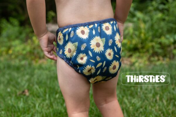 image of a baby bum in a cloth diaper, thirsties duo wrap