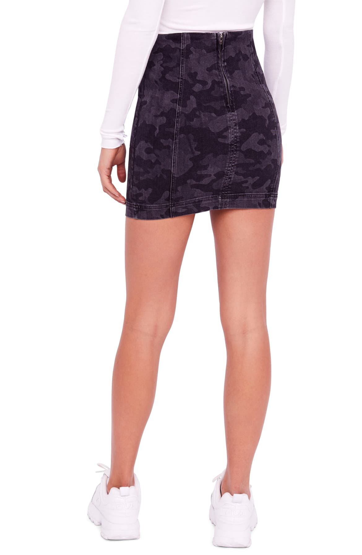 Free People Modern Femme Camouflage-Print Skirt Black Combo 12 - Gear Relapse