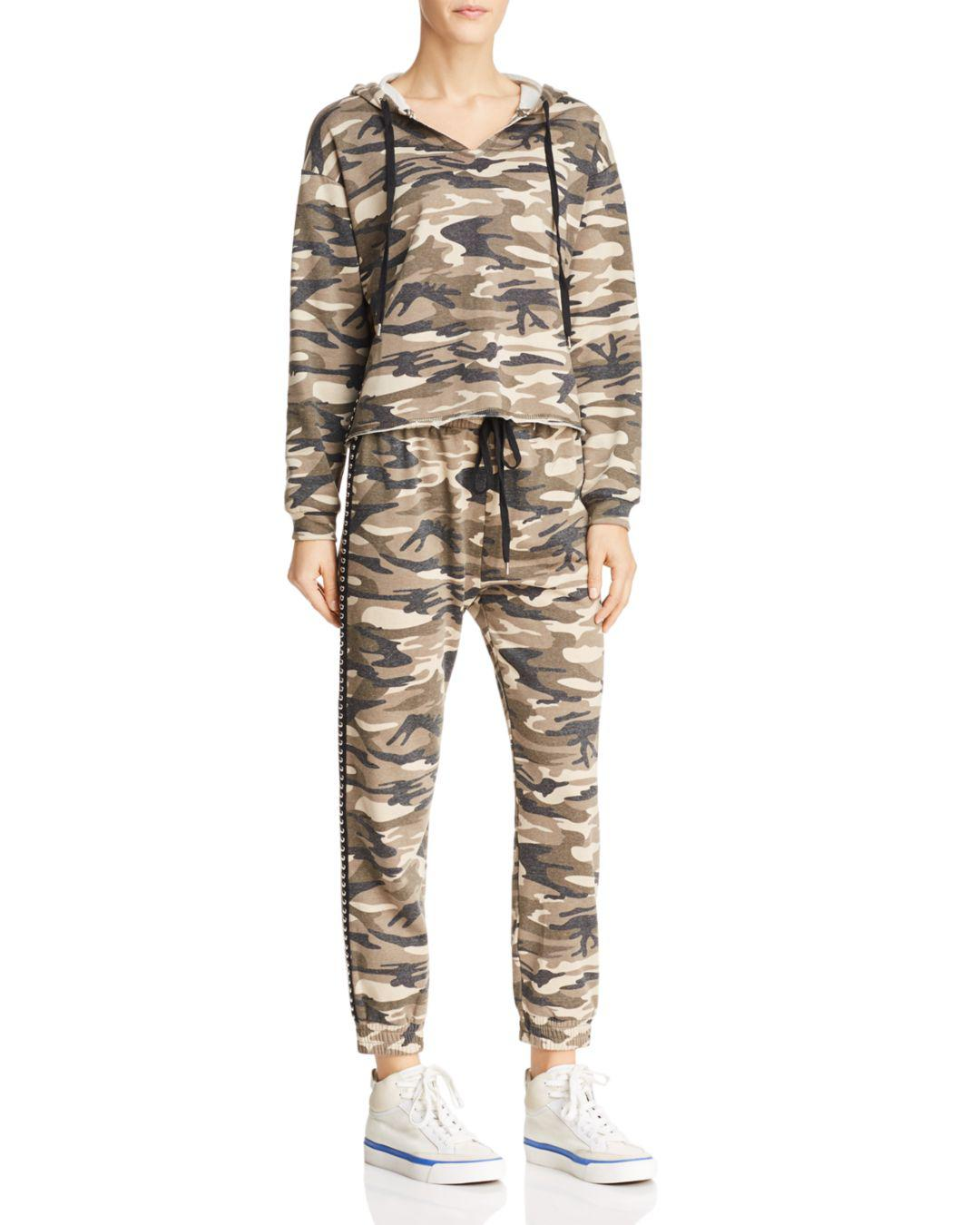 HONEY PUNCH Studded Camo Jogger Pants Camo L