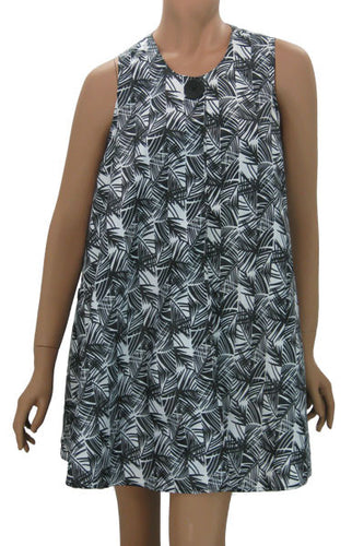 Stylish Hair Stylist Smock In Bamboo Black White Print