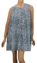 Snow Leopard Hair Stylist Smock One Size