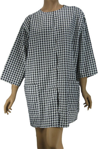 Plus Size Hairdresser Jacket In Houndstooth