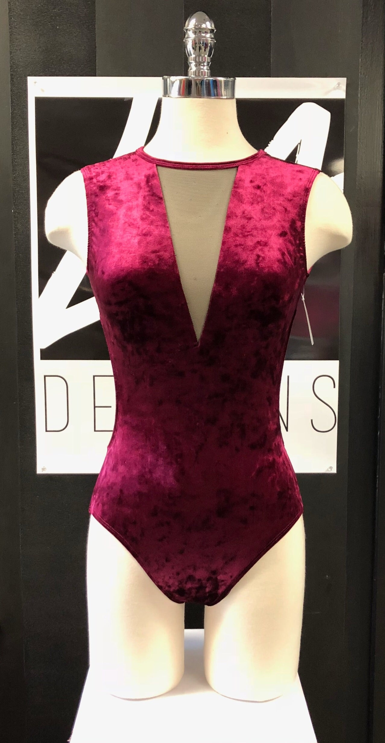 VERO VELVET ADULT LEOTARD
