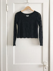 KOKOON Crop L/S Lace Top Front