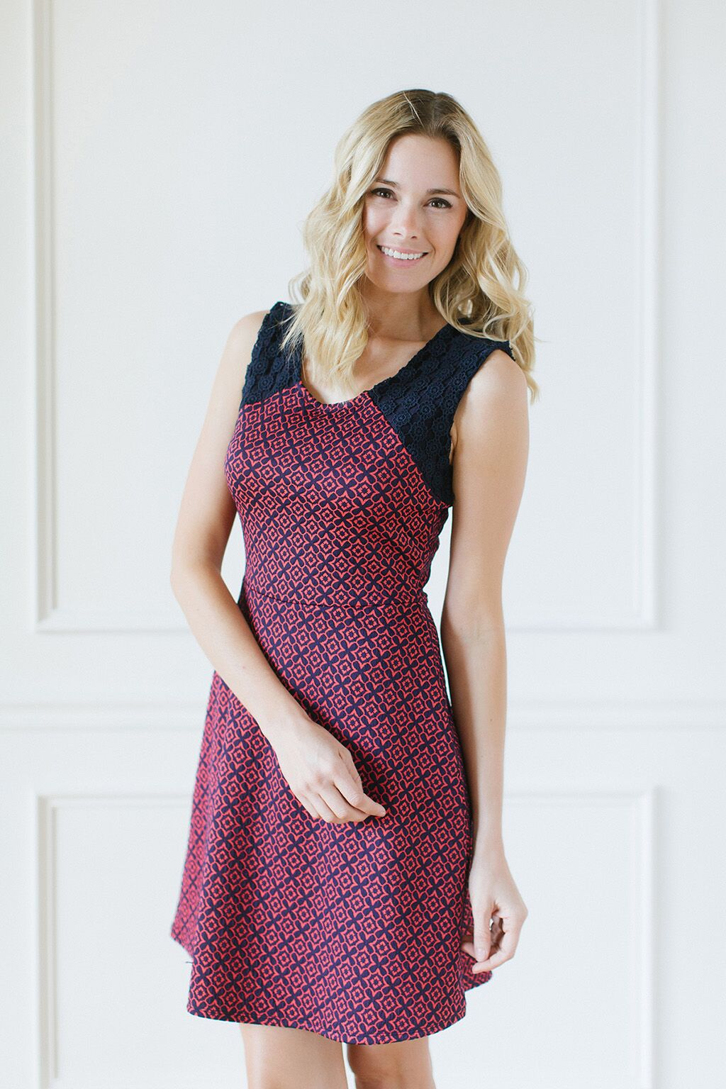 KOKOON Crosby Dress in Navy and Coral Jacquard Back