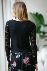 KOKOON Crop L/S Lace Top Back