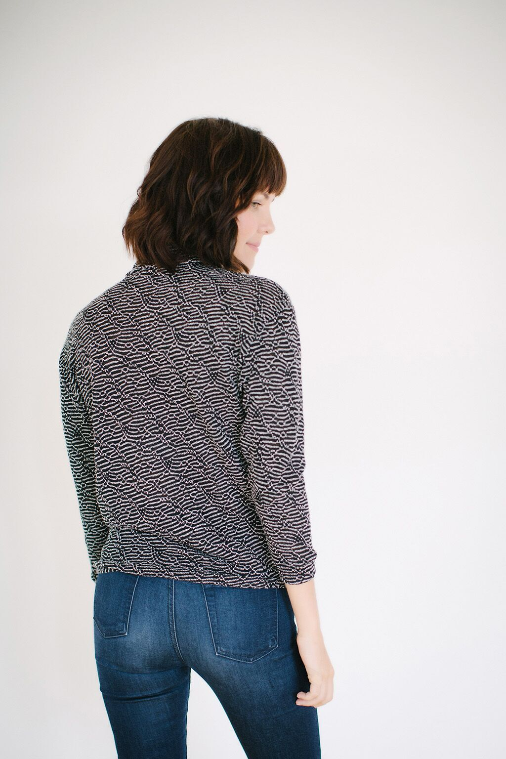 KOKOON Pantages Turtle Neck Pullover Back