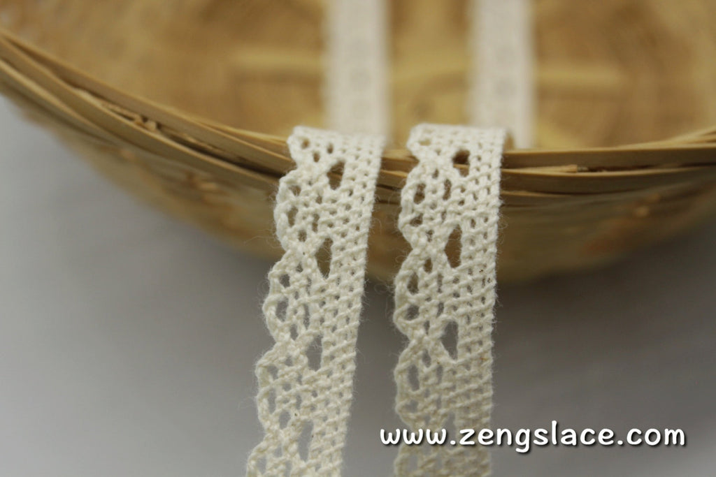 Beige cotton crochet lace trim with single edge, 1/2 inches wide, CL-08-X