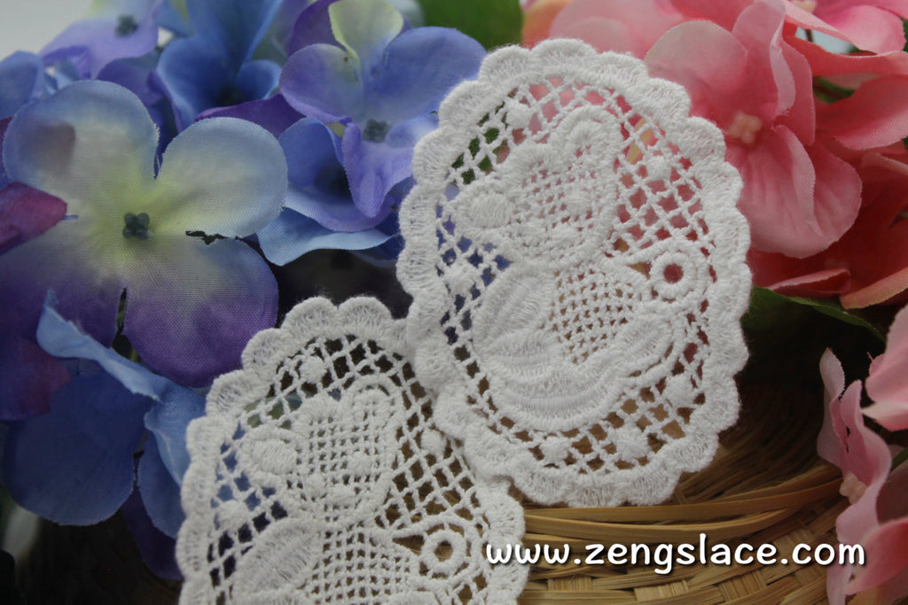 White cotton lace applique, Teddy bear applique, LA-15-1