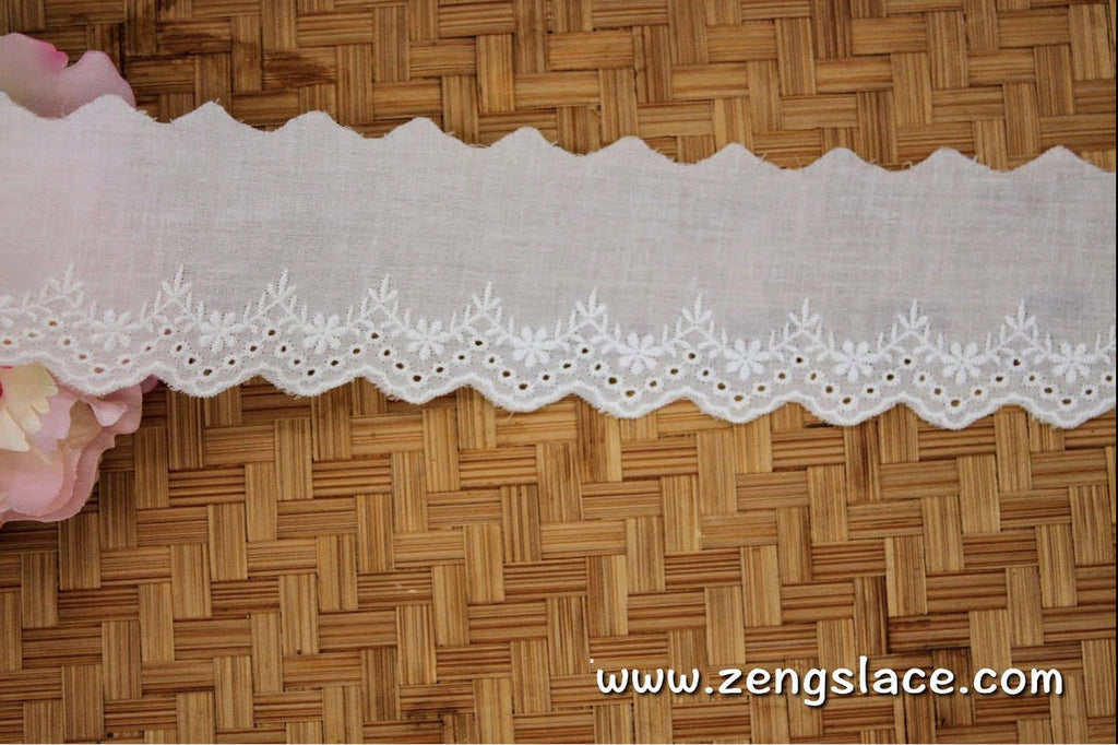 Creamy Lace Trmming/Doll lace/eyelet lace/unique bridal lace/vintage lace by the yard/EY-28