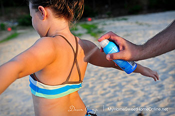 spray sunscreen