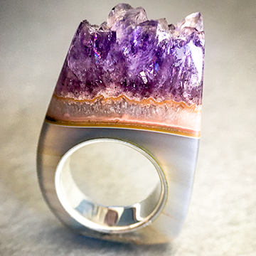 Amethyst Crystal Point Mid-height - Power & Protection Ring Size 5.5