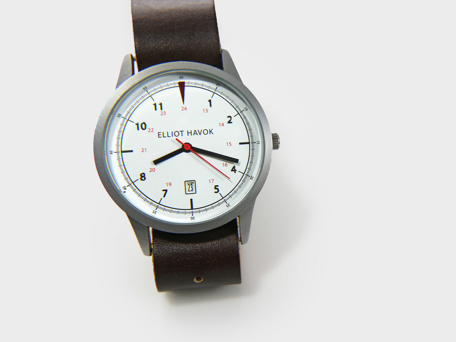 WHITE CLASSIC HAVOK WATCH - 40MM