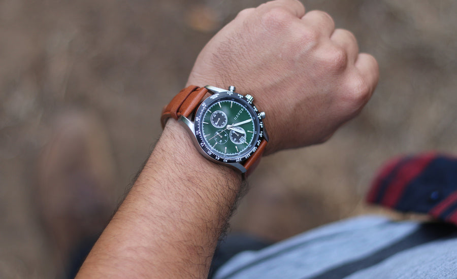 BRITISH GREEN RACER CHRONOGRAPH - 42MM