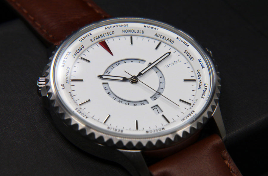 CLOUD WHITE WORLD TRAVELLER - 42MM