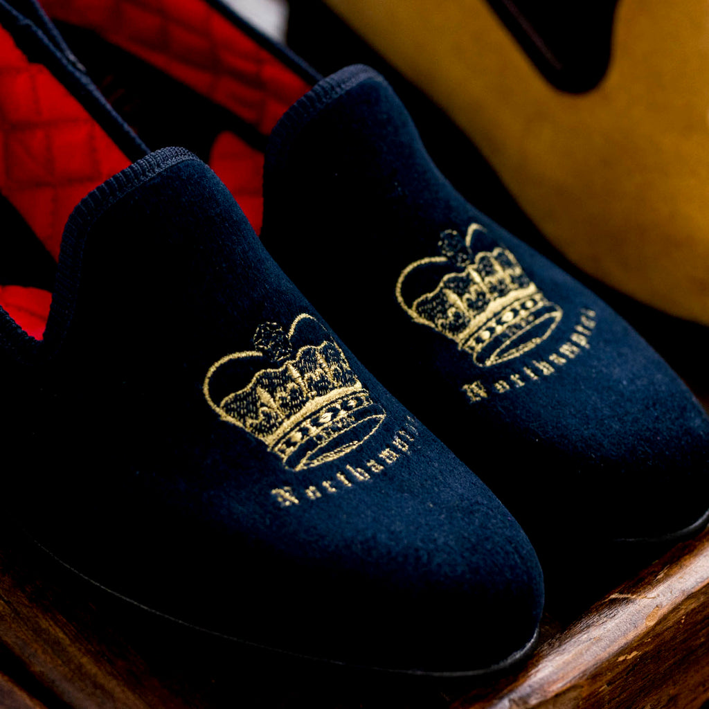 British Earl velvet Slipper