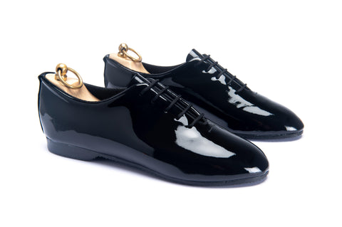 REGENT WHOLECUT SHOE - BLACK PATENT LEATHER