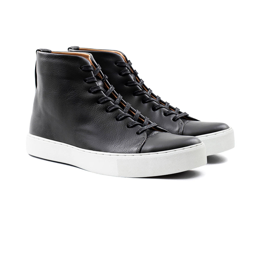 Crown Northampton - Black leather high top sneaker with white sole
