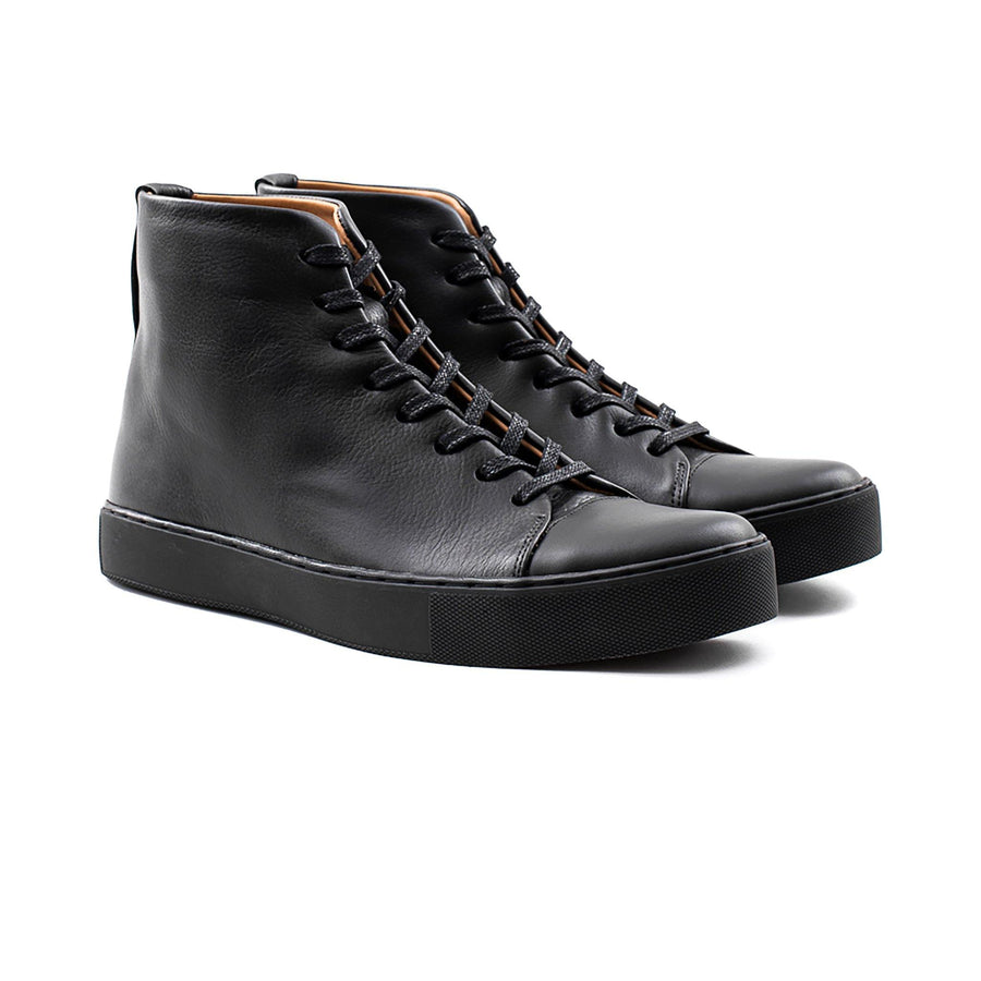 Crown Northampton - All black leather high top sneaker with blacksole