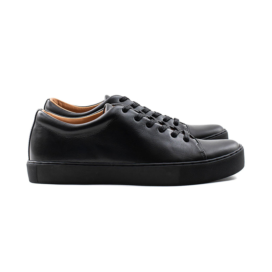 Abington Toe Cap - All Black Calf Leather