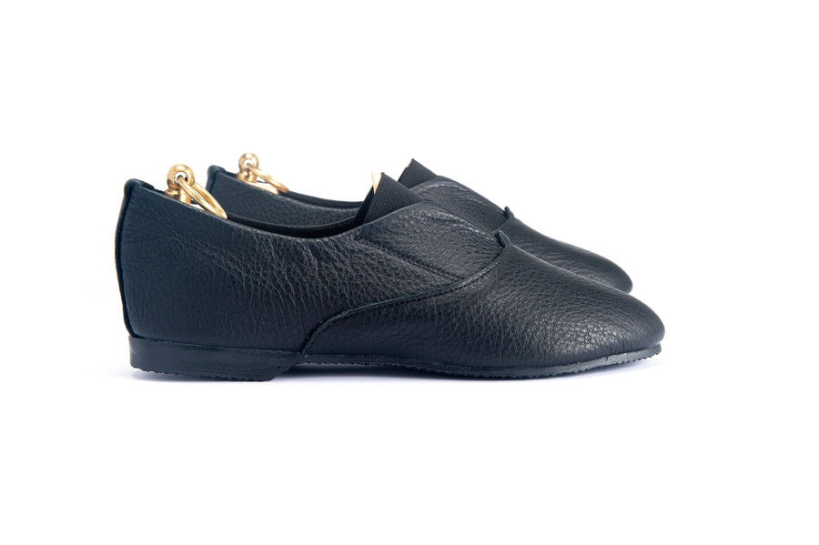 MAGEE V FRONT SHOE - BLACK LEATHER