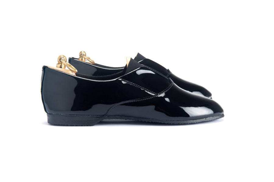 MAGEE V FRONT SHOE - BLACK PATENT LEATHER