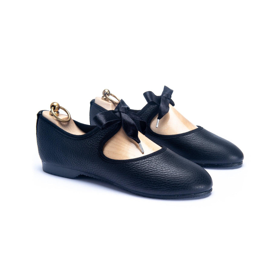 LORNE RIBBON TIE SHOE - BLACK LEATHER