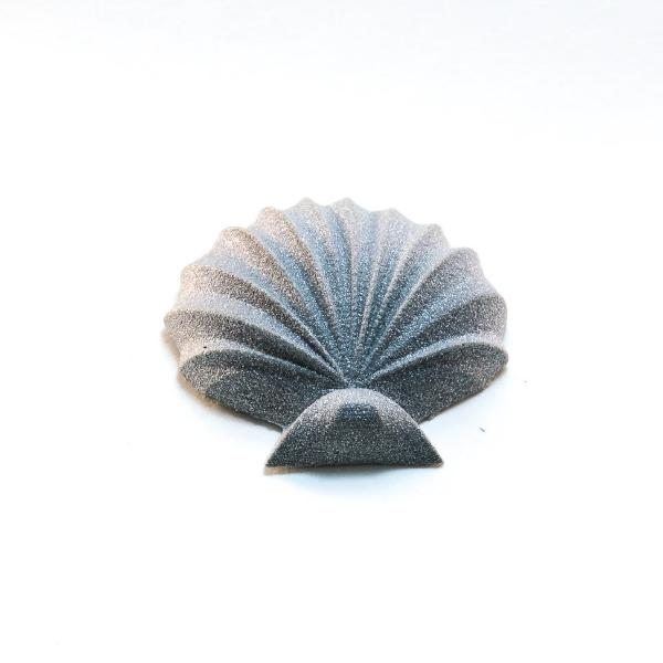 GAMENT 3D Printed Seashell Magnetic Brooch in Silver