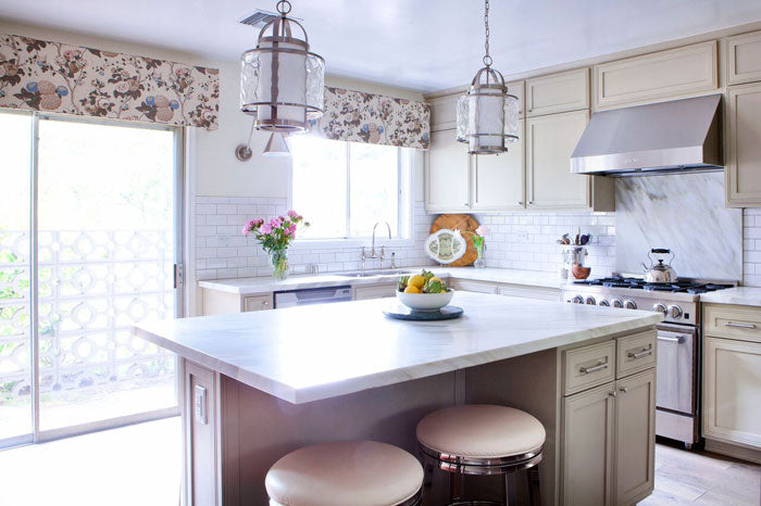 Designer Spotlight Lindsay Pennington Arianna Belle Blog - full kitchen
