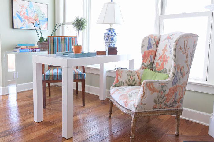 Designer Spotlight Lindsay Pennington Arianna Belle Blog - small table and chairs