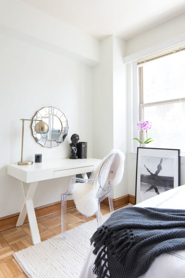 interior designer Shannon Claire Smith | black and white bedroom | Arianna Belle Blog