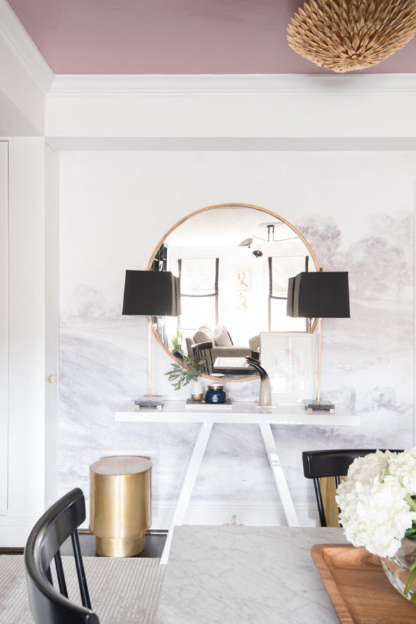 interior designer Shannon Claire Smith | black and white dining space with gold accents | Designer Spotlight series Arianna Belle Blog